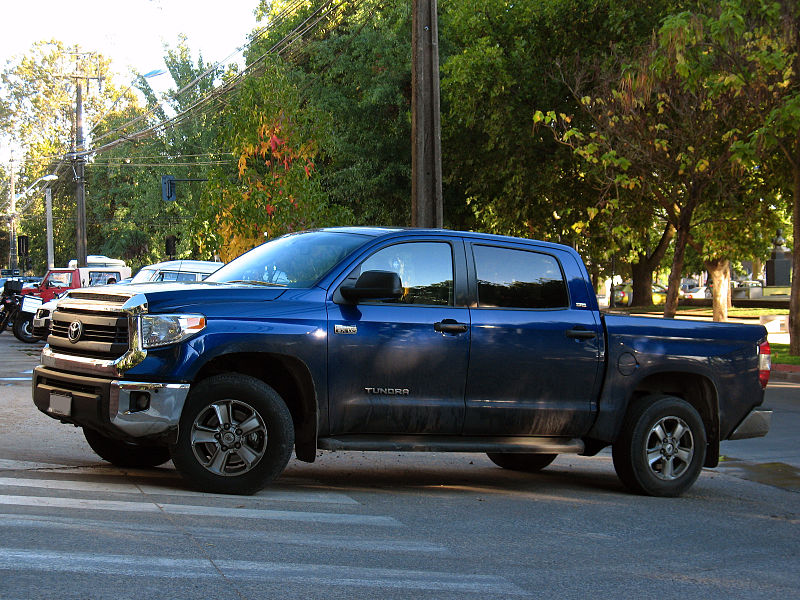 Toyota Tundra - autor order_242 from Chile