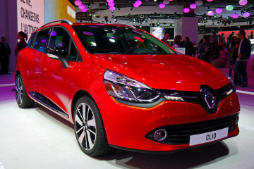 RENAULT CLIO IV GRANDTOUR  Photo credit: Mic V. via Foter.com / CC BY