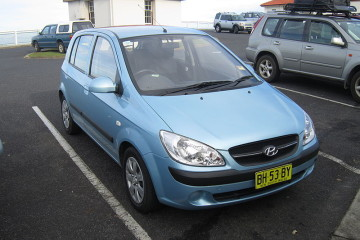 HYUNDAI GETZ Autor: jeremyg3030 (Hyundai Getz) [CC BY 2.0 (https://creativecommons.org/licenses/by/2.0)], Wikimedia Commons