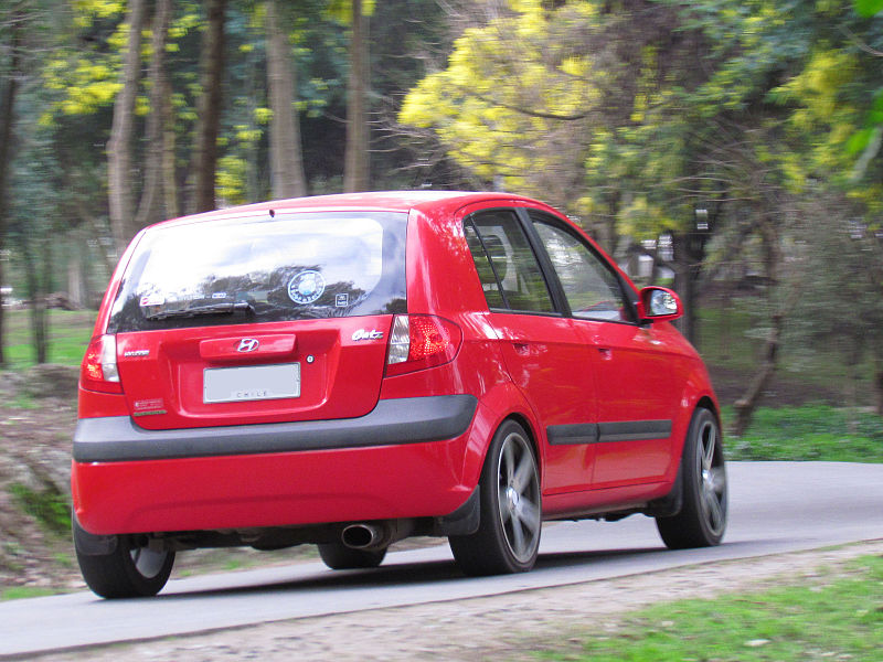 HYUNDAI GETZ Autor: order_242 from Chile (Hyundai Getz 1.4 GL 2007) [CC BY-SA 2.0 (https://creativecommons.org/licenses/by-sa/2.0)], Wikimedia Commons