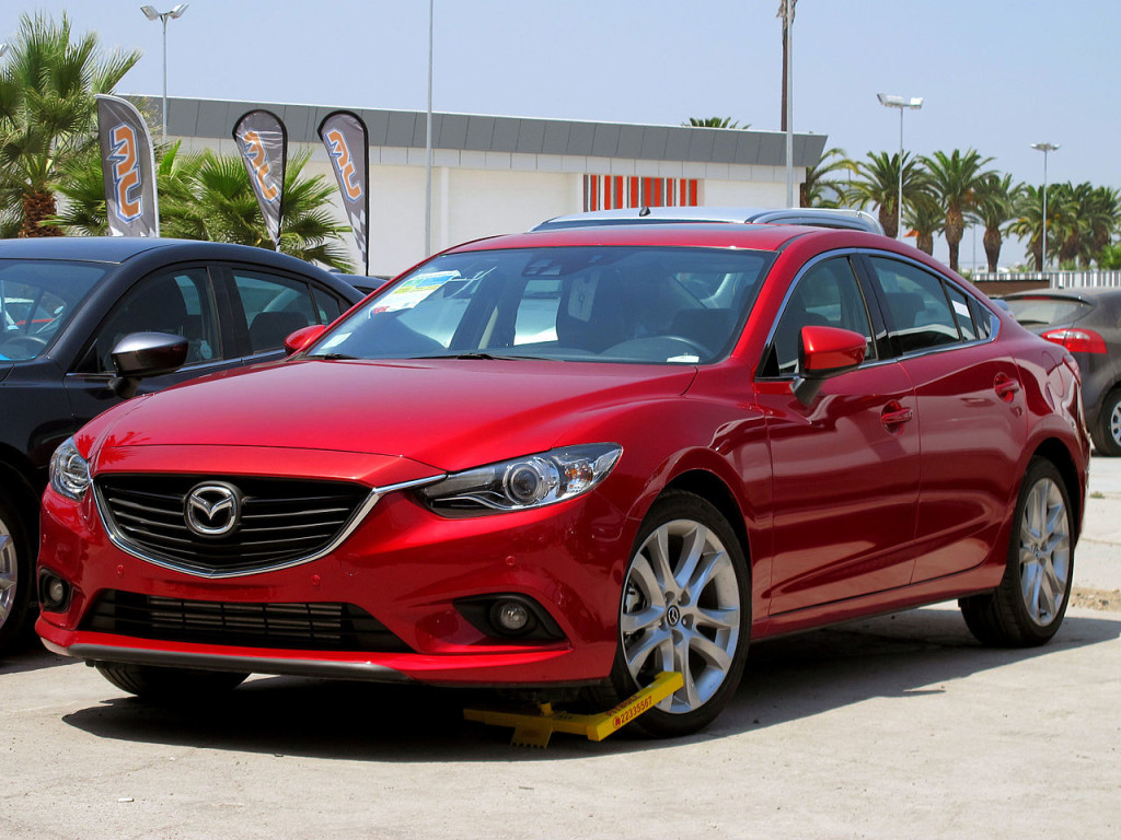 Mazda 6 I Motorewia.pl I  By order_242 from Chile - Mazda 6 2.2d R 2015, CC BY-SA 2.0, httpss://commons.wikimedia.org/w/index.php?curid=41811261