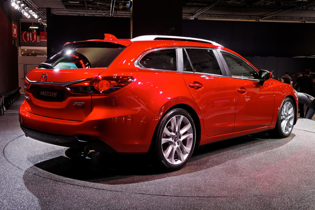 Mazda 6 I Motorewia.pl I By order_242 from Chile - Mazda 6 2.2d R 2015, CC BY-SA 2.0, https://commons.wikimedia.org/w/index.php?curid=41811261