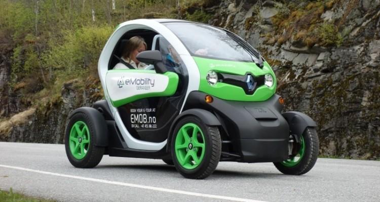 Samochód elektryczny firmy renault I Motorewia.pl I Źródło: Photo on Foter.com