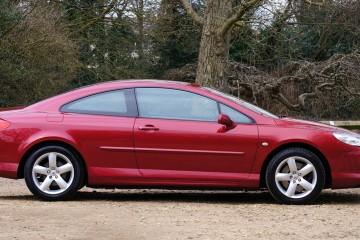 czerwony-samochod-peugeot