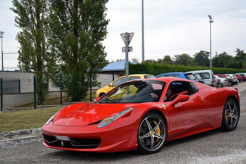 Ferrari 458 I Motorewia.pl I Żródło: Photo by Daniel 5tocker on Foter.com / CC BY-ND