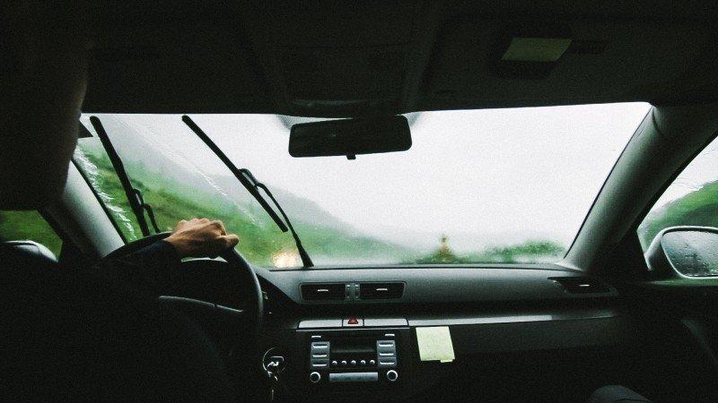Wycieraczki samochodowe www.motorewia.pl Źródło: Photo on Visualhunt.com